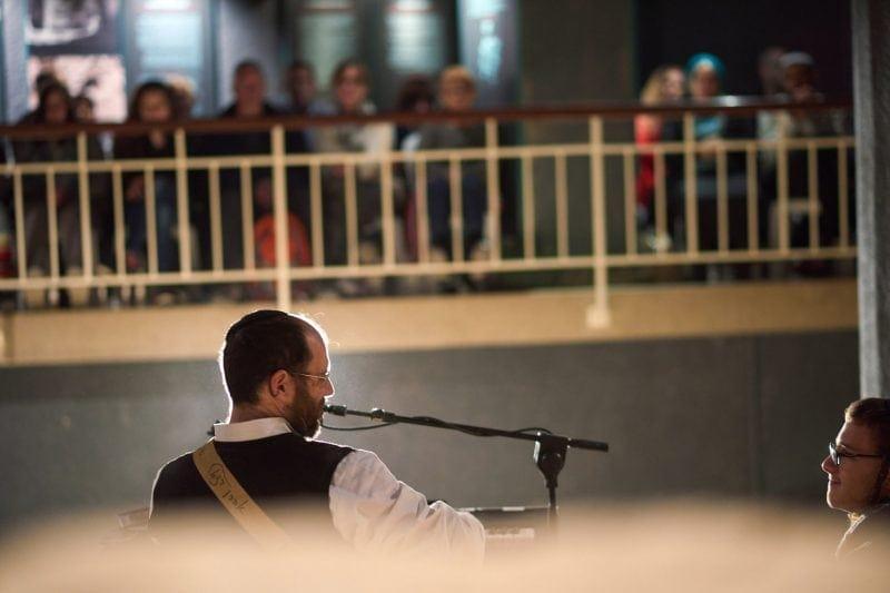 Ahron Razel Show