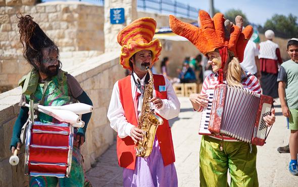 clown-musicians-2